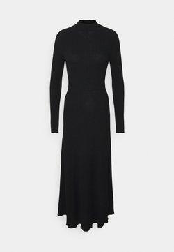 Claudie Pierlot - MAJESTE - Stickad klänning - noir