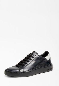 Guess - VERONA - Sneaker low - schwarz