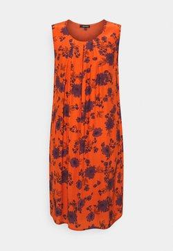 More & More - DRESS SHORT - Freizeitkleid - bright red