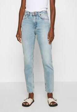 Nudie Jeans - BREEZY BRITT - Jeans Relaxed Fit - light desert