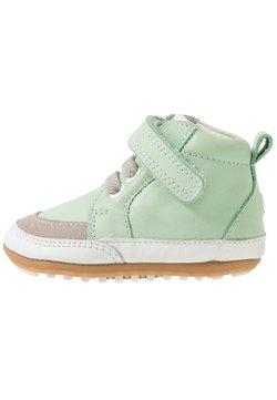 Robeez - MIGOLO - Chaussons pour bébé - vert clair