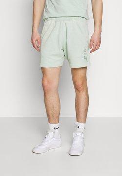 Nike Sportswear - WASH - Jogginghose - pistachio frost/sail