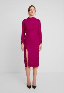 Hope & Ivy - VELVET PENCIL DRESS WITH THIGH SPLIT - Cocktailkleid/festliches Kleid - pink