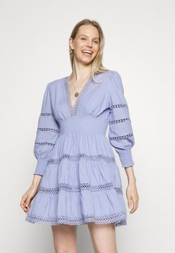 By Malina - INEZ DRESS - Korte jurk - french lavender