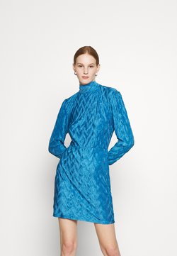 Glamorous - MINI PLISSE DRESS WITH LONG SLEEVES HIGH NECK AND TIE BACK - Sukienka koktajlowa - blue