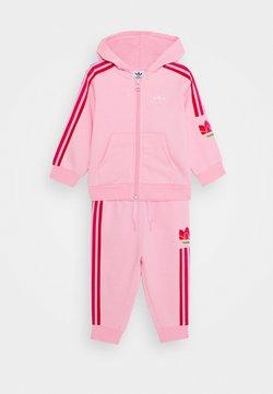 adidas Originals - TREFOILHOOD SET - Trainingspak - light pink