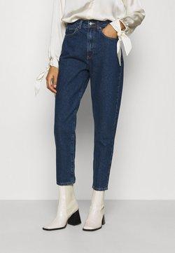 Anna Field - MOM FIT JEANS - Jeans Slim Fit - blue denim
