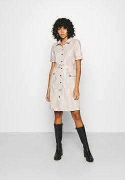 Noisy May - NMDUST DRESS - Robe chemise - taupe gray