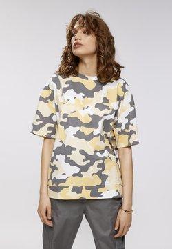 LOOKS by Wolfgang Joop - T-Shirt print - camouflage aop