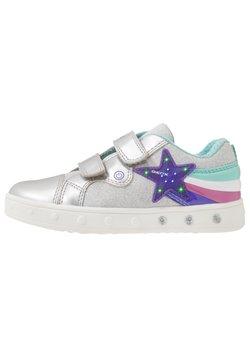 Geox - SKYLIN GIRL - Sneaker low - silver