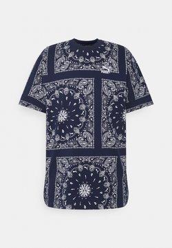 Puma - TEE - T-shirt con stampa - peacoat