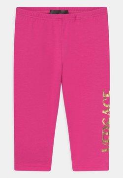 Versace - LOGO  - Leggings - fuxia/oro