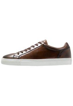 Brett & Sons - Sneaker low - cognac