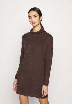 JDY - JDYSARA TONSY NECK DRESS - Vestido de punto - bracken