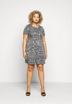 CAPSULE by Simply Be - PONTE POCKET SHIFT DRESS - Freizeitkleid - black