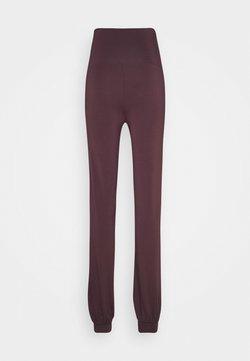 Curare Yogawear - LONG PANTS ROLL DOWN - Träningsbyxor - bordeaux