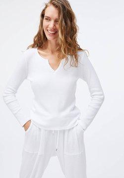 OYSHO - PLAIN WHITE COTTON - Koszulka do spania - white