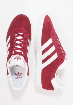 adidas Originals - GAZELLE - Sneaker low - collegiate burgundy/footwear white