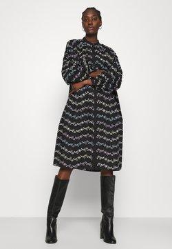 Résumé - CORA DRESS - Blusenkleid - black