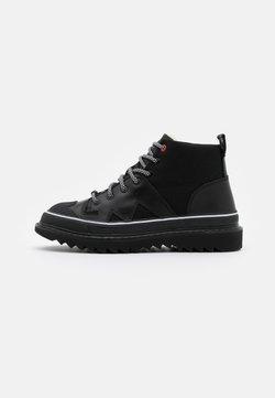 Diesel - SHIROKI H-SHIROKI DBB X - Lace-up ankle boots - black
