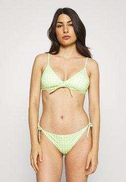 Monki - GINGHAM BIKINI SET - Bikini - green/white
