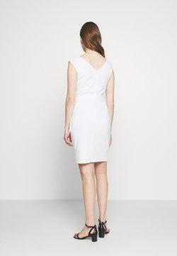 Lauren Ralph Lauren - LUXE TECH DRESS - Etui-jurk - cream