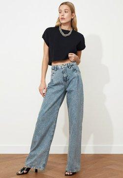 Trendyol - Jeans a zampa - blue