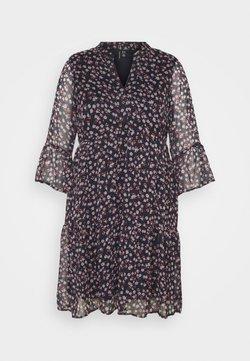 Vero Moda Curve - VMKAY DRESS - Freizeitkleid - petal