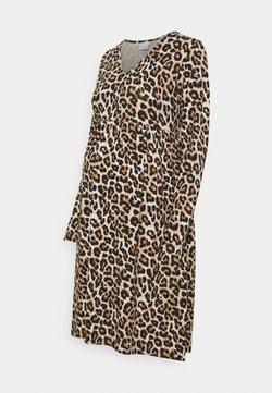 MAMALICIOUS - MLSANNIE LEO DRESS - Robe en jersey - black