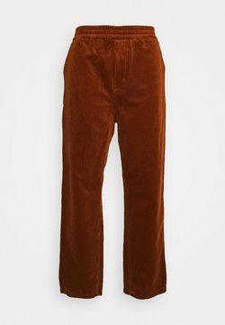 Carhartt WIP - FLINT PANT BARRINGTON - Chinot - brandy rinsed