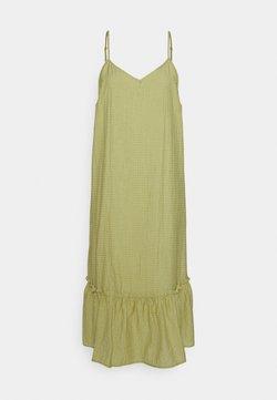 Cream - SAFFIRA DRESS - Freizeitkleid - tarragon