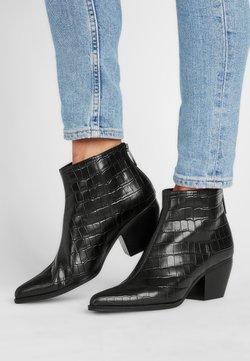 What For - PILAR - Ankle Boot - schwarz krokooptik