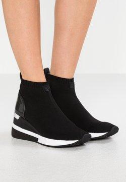 MICHAEL Michael Kors - SKYLER - Höga sneakers - black