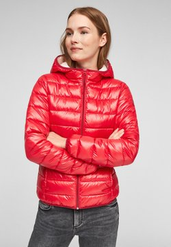 Q/S designed by - MIT KAPUZE - Winterjacke - red