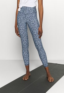 Cotton On Body - STRIKE A POSE YOGA - Medias - baby blue