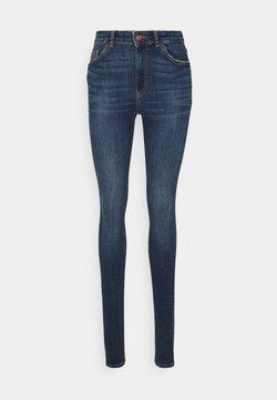 PIECES Tall - PCDELLY - Jeans fuselé - dark blue denim