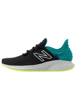New Balance - FRESH FOAM ROAV - Zapatillas de entrenamiento - black