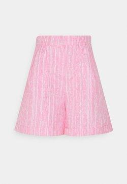 Cras - SISLEYCRAS - Shorts - bubblegum