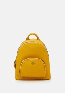 Coach - POLISHED PEBBLE CARRIE BACKPACK - Reppu - lemon