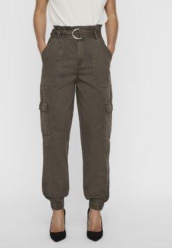 Vero Moda - Cargo trousers - bungee cord