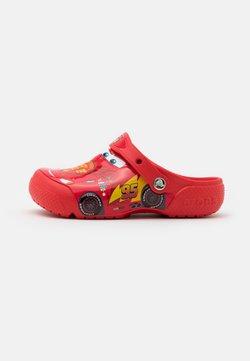 Crocs - CROCSFUNLAB CARS CLOG - Badslippers - flame