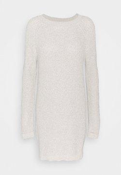 Noisy May Tall - NMSIESTA O NECK DRESS - Etui-jurk - oatmeal