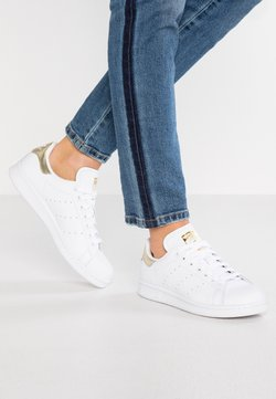 adidas Originals - STAN SMITH - Sneaker low - footwear white/gold metallic