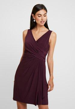 s.Oliver BLACK LABEL - Jersey dress - soul cherry