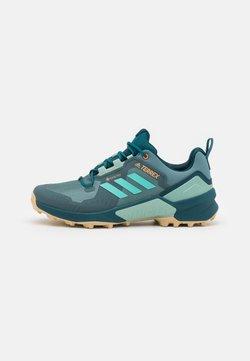 adidas Performance - TERREX SWIFT R3 GORE-TEX MID - Hikingschuh - hazy emerald/acid mint/wild teal