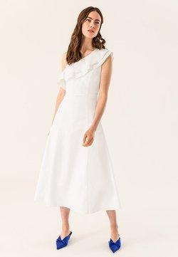 IVY & OAK - ONE SHOULDER VALANCE DRESS - Maxiklänning - bright white