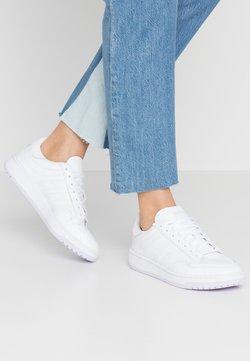adidas Originals - MODERN COURT - Sneaker low - footwear white