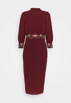 Hope & Ivy Tall - MARGOT - Cocktailkleid/festliches Kleid - red