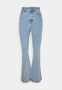 Third Form - Jeans a zampa - washed blue