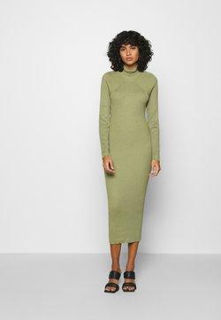 Missguided - CUT OUT BACK MIDAXI DRESS - Sukienka dzianinowa - green